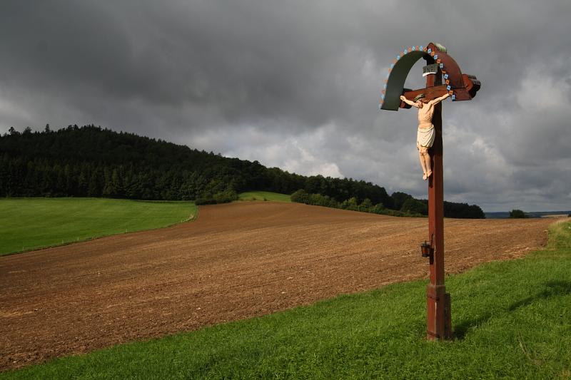 feldkreuz_bei_tiefenroth_img_4883